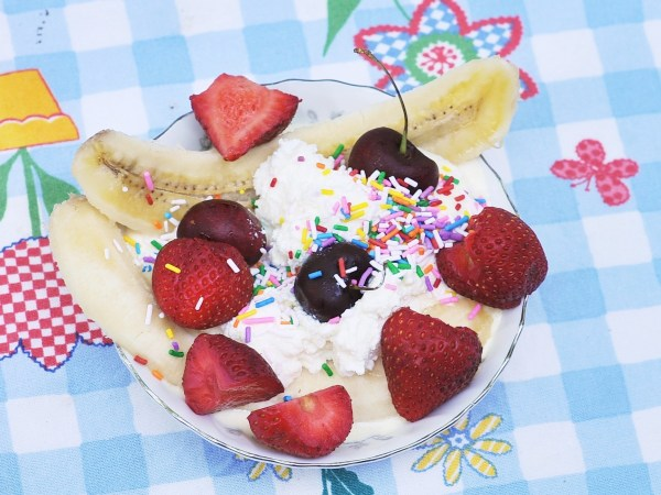 Birthday Banana Split, Kiku Corner 1