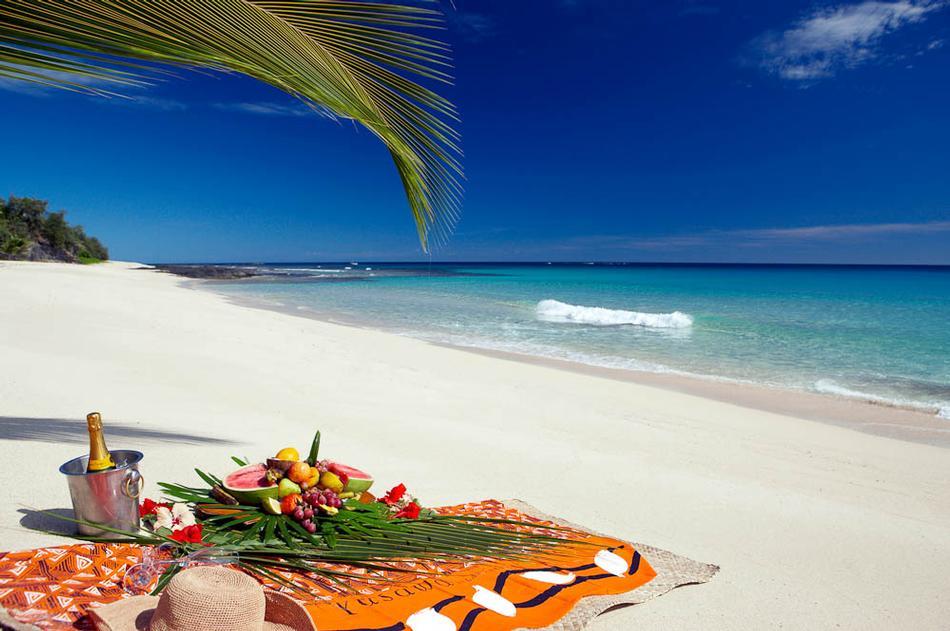 5-Days-Explore-The-Zanzibar-Beach-Island-Holidays-.jpg