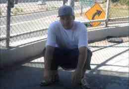 Reece Loc julkaisi uuden sinkun '8 Feet'
