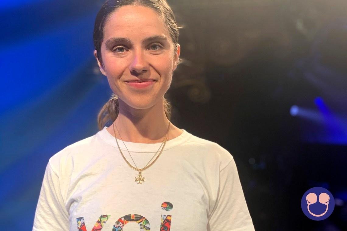 Caroline Hjelm, Voi