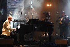 Phil Coulter performing at the ceremony