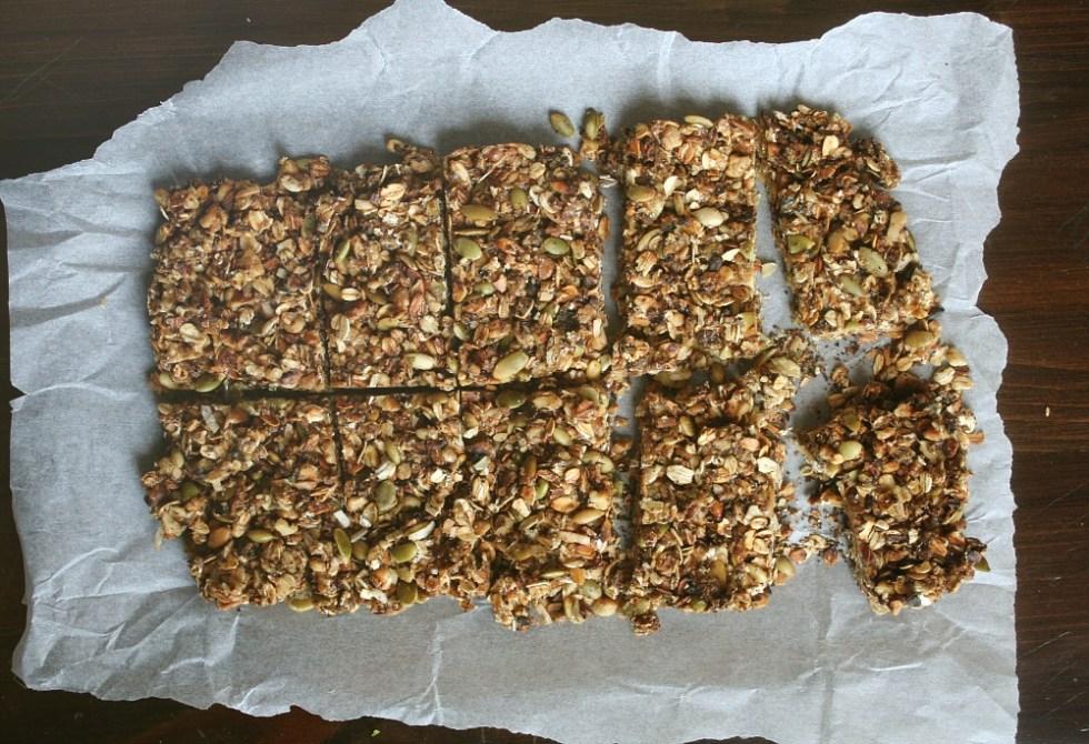 granola bars cut