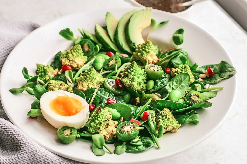 Roasted Romanesco Salad With Molasses Vinaigrette | Killing Thyme