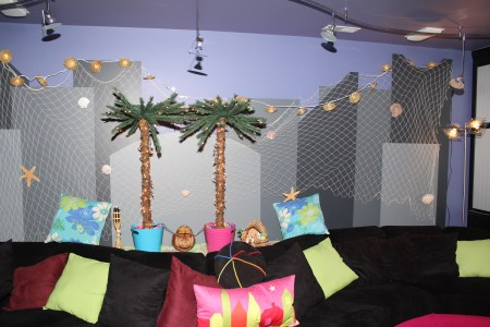 City-Wall-Decorated