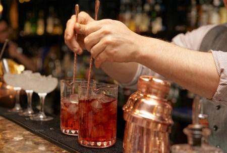 cocktail kit stirring glass
