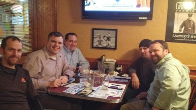 Photo of Smithat05, Steve1357, Miles and Chewie at the Winking Lizard
