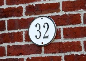 32 Brick