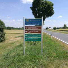 der Abzweiger: unübersehbar
