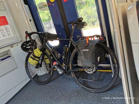im Zug nach Bernhardsthal...