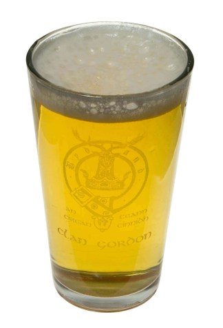 Clan Crest 14 oz. Beer Glass