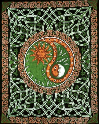DT76 Celtic Sun and Moon Peace Tapestry