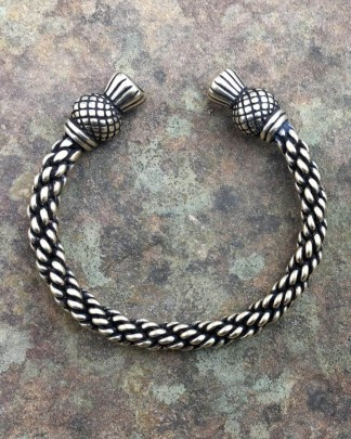 Thistle Bracelet Medium Braid