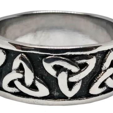 Two Tone Enameled Triskle Ring