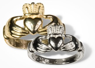 Womens Gold Claddagh Wedding Ring
