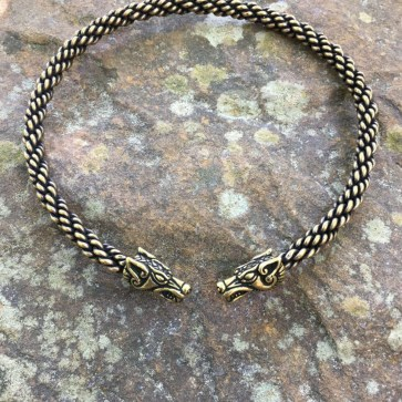 Wolf Torc Medium Braid