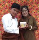 yogurt couple with_2129