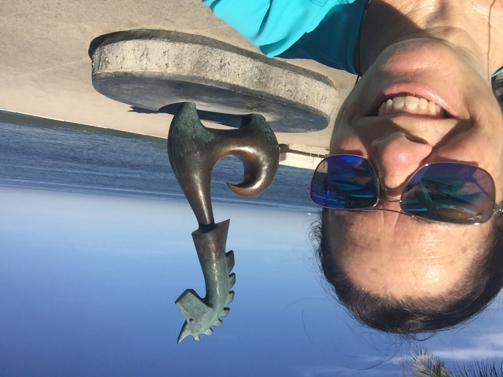 Kim and seahorse sculpture in Puerto Vallarta, Mexico