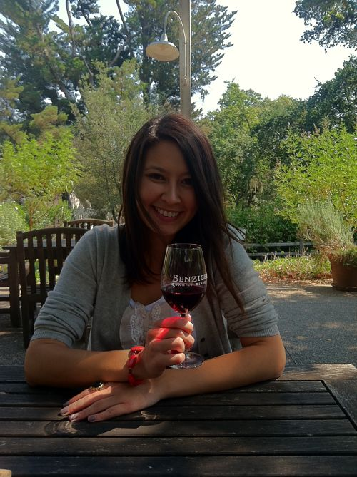 kimberlyloc drinks bella luna pinot noir at benziger family winery