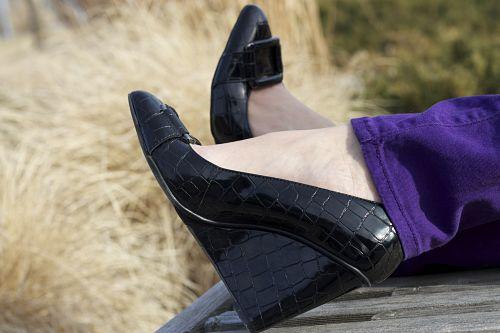 kimberlyloc crocodile wedge heels