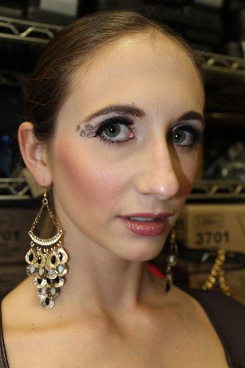 holly model kansas city fashion week backstage beauty