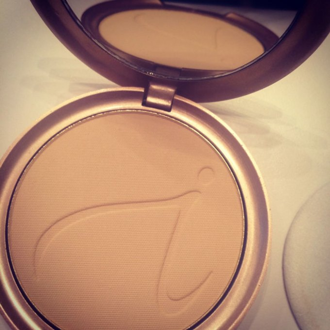 jane iredale purepressed base mineral foundation
