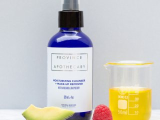 province apothecary moisturizing cleanser + makeup remover