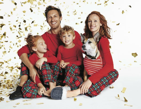 matching holiday pajamas for any budget - Kimberly Michelle 88f7d0648