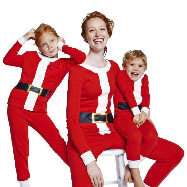 targetmatchingholidaypajamas_3 - Target Christmas Pjs