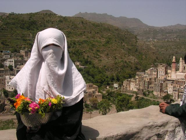 Young girl - tour guide - Jibla - Yemen - Tales of Yemen - kimberlymitchell.us