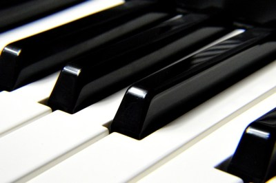 piano keys - writing in the gaps - kimberlymitchell.us