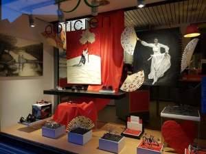 Exposition de peintures et éventails à genval