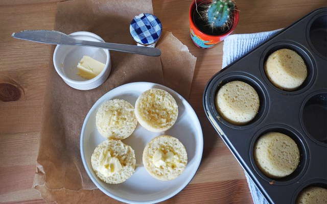 Easy Baked Gluten Free Crumpets {in a Muffin Tin}