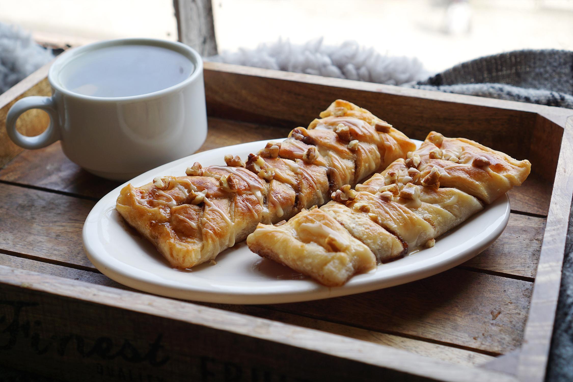 Easy Gluten Free Maple Pecan Plaits Kimi Eats Gluten Free