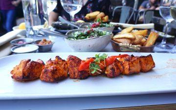 Gluten free chicken shish wit salad and chips from Skewd Kitchen in Cockfosters | Gluten free Cockfosters | Gluten free Barnet | Gluten free North London | Gluten free Turkish restaurant