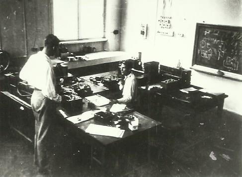 mój przodek Adam Smoliński przy pracy lata 30 XX wieku