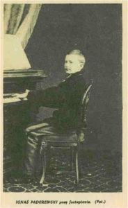 Jan Kerntopf – opiekun Ignacego Paderewskiego IJP przy fortepianie