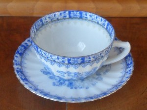 Babcina Porcelana china blau