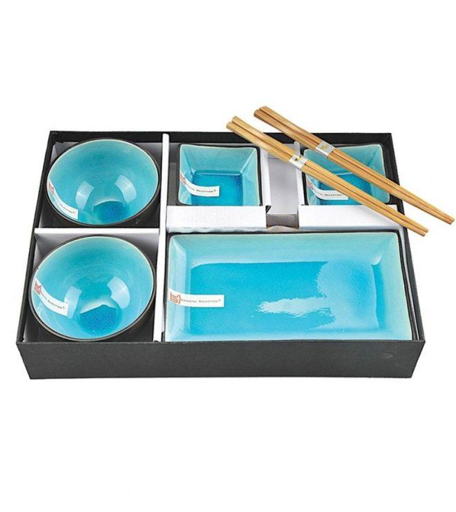 Schüsseln und Schalen mit Essstäbchen   Geschenkbox   Credits: CNB Oriental