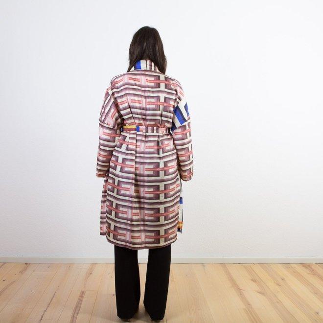 Seiden-Kimono   Grafik-Muster   Credits: KimonoManufaktur