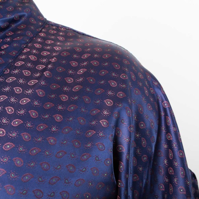 Mitternachtsblau oder Ultra-Violet | Herren-Kimono | Credit: KimonoManufaktur.de