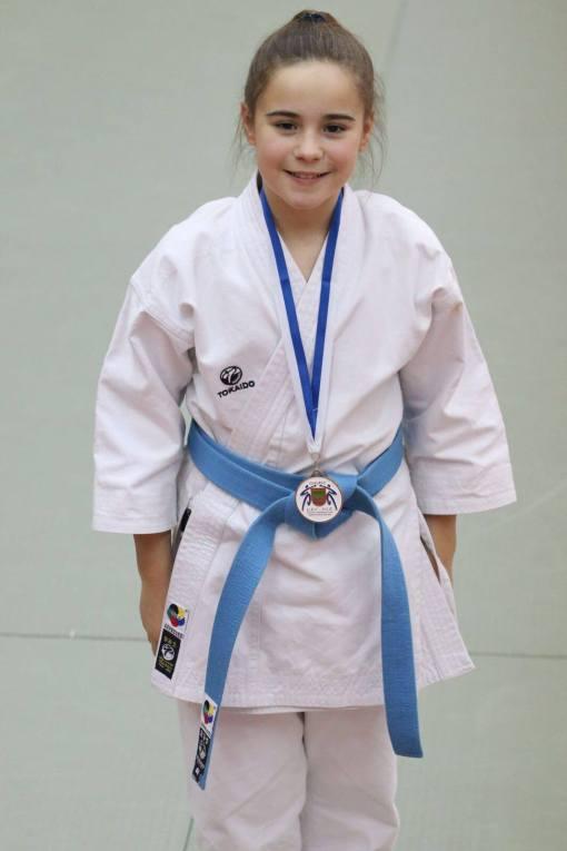 karate gi kata master junior 12oz - blanca