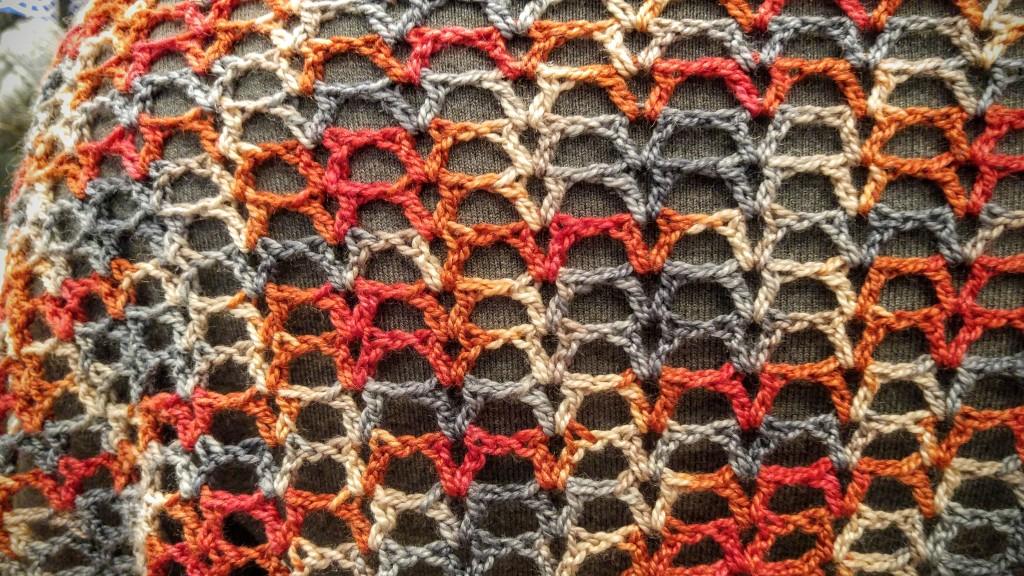 Resa Shawlette: beginner v-stitch crochet pattern.