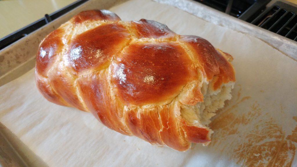 Homemade challah (with recipe!) - http://www.kimwerker.com/blog