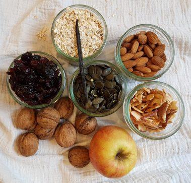 Äpfel, Nuss und Mandelkern...
