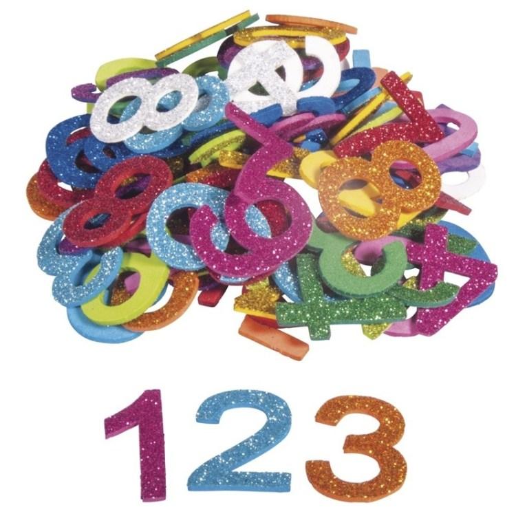 100x Zelfklevende hobby/knutsel foam/rubber cijfers met glitters