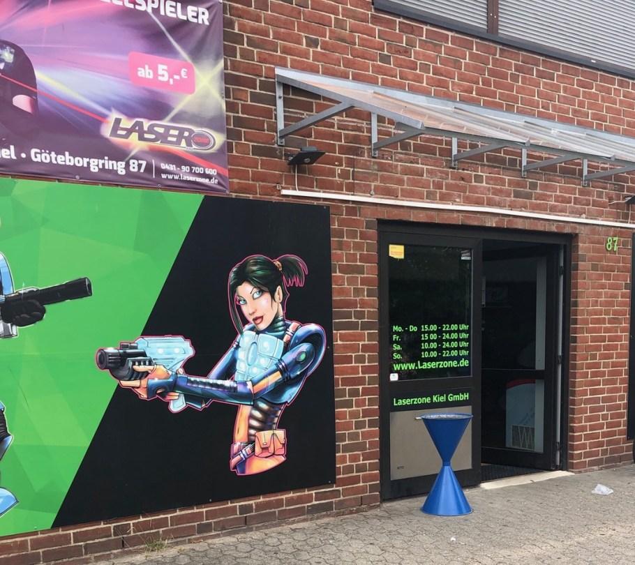 Eingang Laserzone