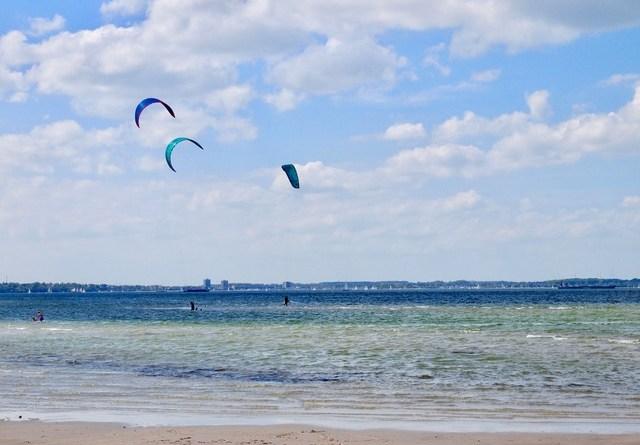 Kitesurfer - Strand von Stein