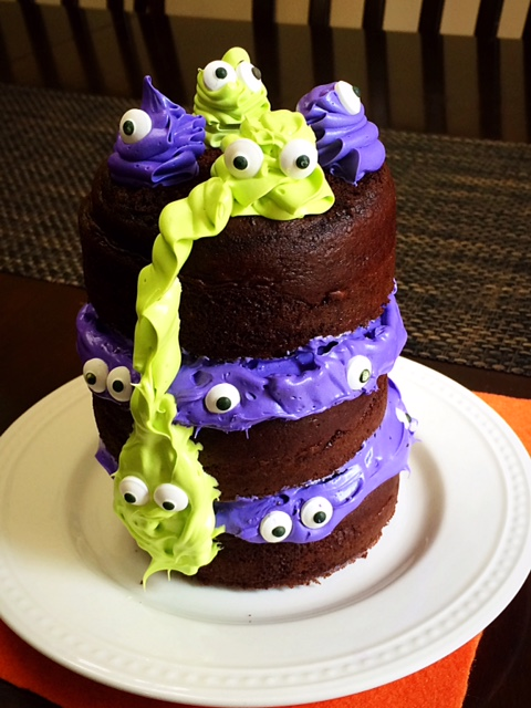 mini monster cake with eyes