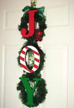DIY J-O-Y Christmas Wreath
