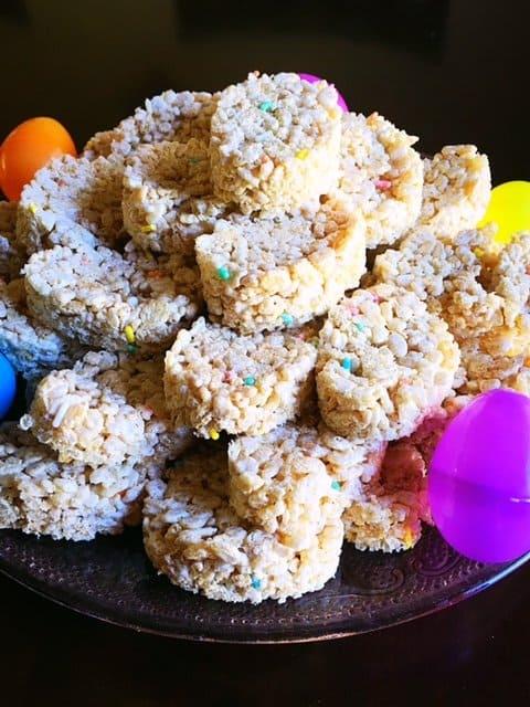 Easter Egg Rice Krispy Treats (11)